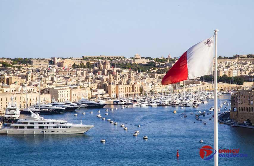 Ưu nhược điểm khi định cư Malta